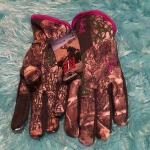 New Women's Camo Gloves